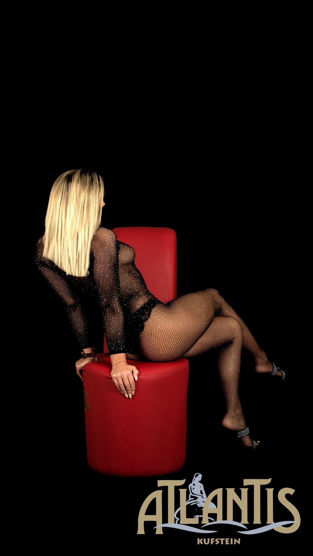 Lady Corina mit sexy Dessous